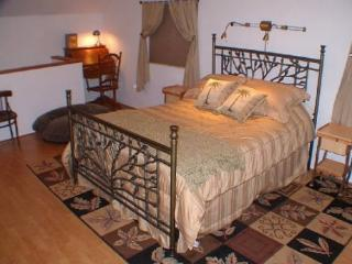Annie's Cottage Vacation Rental - Coos Bay vacation rentals