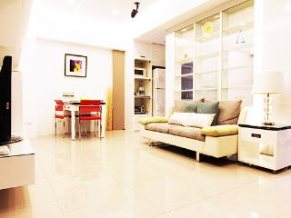 Boutique Serviced Apt next MRT Taipei Main station - Taipei vacation rentals