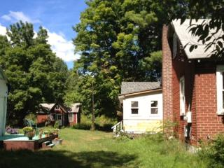 30s Bungalow Colony with 5.5 acres, all yours - Kerhonkson vacation rentals