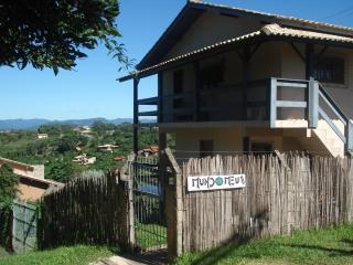 Apt for 4 - 6 pple in the center of Praia do Rosa - Imbituba vacation rentals