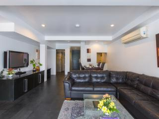 two+bedroom apartment with sea view (6 adults) 120m2 - Patong Beach vacation rentals