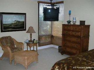 Palms of Bay Beach 3H, 3 Bedrooms, Tennis, Heated Pool - Florida South Central Gulf Coast vacation rentals