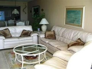Sun Caper 208, Gulf Front, Elevator, Gym, Heated Pool - Fort Myers Beach vacation rentals
