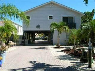 Pelicans Nest, 3 Bedrooms, Canal Front, Boat Dock - Florida South Central Gulf Coast vacation rentals