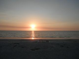 Sun,surf ,sand and relaxation - Belleair Beach vacation rentals