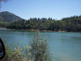 Lake Shasta Weekly Summer/Winter Rental - Shasta Cascade vacation rentals