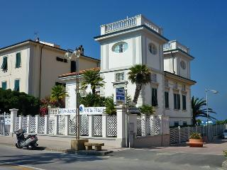 Residence Villa Piani - San Vincenzo vacation rentals