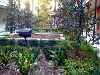 Gated condo in Baton Rouge near LSU and downtown - Louisiana vacation rentals