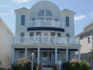 Unique Luxury Belmar Northend - Belmar vacation rentals