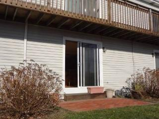 Waterview, parking, patio and quick walk to beach - Rhode Island vacation rentals