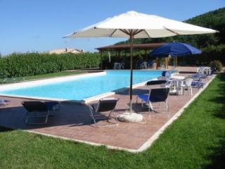 apartments for 4+4 guests in country house - Massa Martana vacation rentals