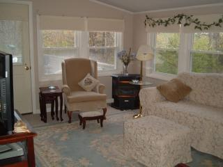 Enjoy all Maine has to offer! - Southern Coast vacation rentals