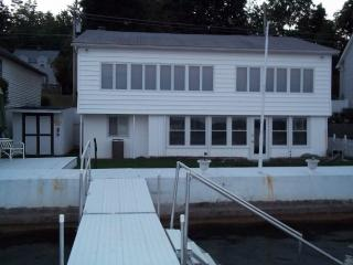 Canandaigua Lake Front Cottage - Canandaigua Lake vacation rentals