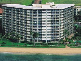 Awesome Views from this 1 Bedroom Ocean Front Unit - Lahaina vacation rentals