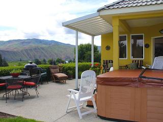 Sunnyslope Vineyard Home - Wenatchee vacation rentals