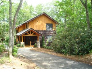 Little Bear Lodge Location: Blowing Rock Area - Blue Ridge Mountains vacation rentals