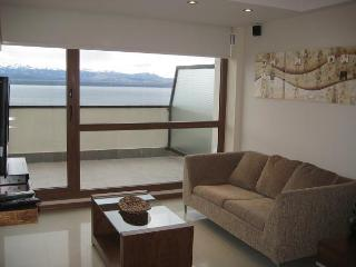 Apartment with Terrace, swimming pool and lake view (TLIIS) - San Carlos de Bariloche vacation rentals
