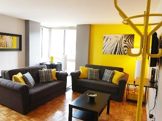 Middle of all action, Midtown West elevator apt!! - Manhattan vacation rentals