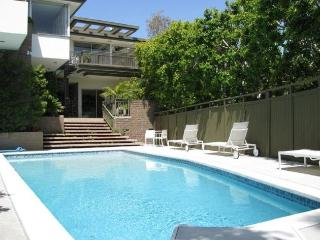 L.A. Views Walk to Famous Sunset Blvd-Pool Hot Tub - West Hollywood vacation rentals