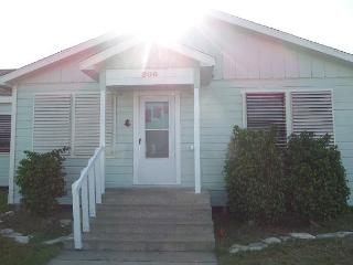 Church Street Cottage CS206 - Port Aransas vacation rentals