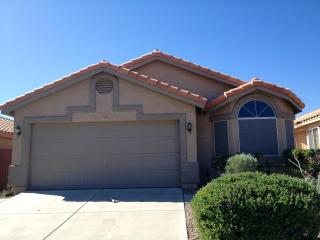 Pick Me! Mint Ahwatukee Phoenix Home. Senior Friendly! Doggies Ok Woof-Woof - Phoenix vacation rentals