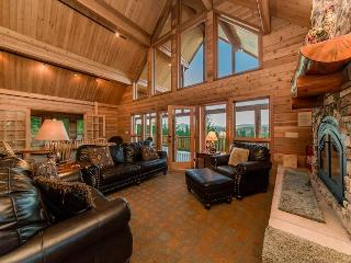 Million Dollar Views at Alpine Lodge on 6+ Private Acres! **Fall Specials** - Ronald vacation rentals
