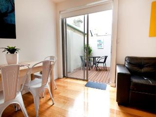 Position Perfect  - The Courtyard No 4 - Melbourne vacation rentals