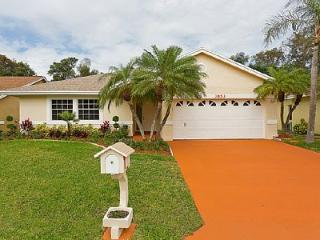 Luxurious 4 Bedroom House with Pool - Coconut Creek vacation rentals