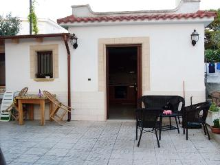 Holidays House at 100 meters from the seaside - Taranto vacation rentals