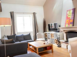 Lille Historic Center: 2 Beds Apartment + Parking - Lille vacation rentals