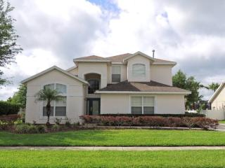 Pearl of the Sea. The one with the HUGE Pool !! Swimmers Paradise - Kissimmee vacation rentals