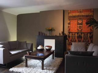 On the move - 1 Bedroom - Liege vacation rentals
