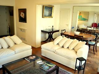 Bright and Classy: Recoleta 3 Br - Buenos Aires vacation rentals