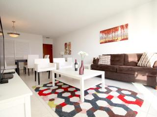 Great 5* Condo in Hollywood Beach - 1 Bedroom - Hollywood vacation rentals