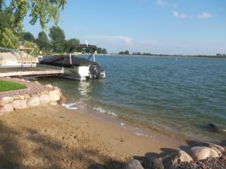 Lake Front Home ....west of Rockton, IL. - Illinois vacation rentals