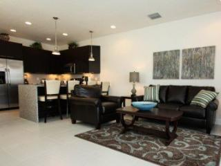 DRM3T17521PA Elegant Town Home with Splash Pool - Orlando vacation rentals