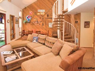Aspen Creek 207 - Mammoth Condo - Near Eagle Lift - Mammoth Lakes vacation rentals