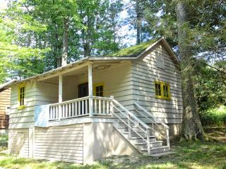 Lakeside Country Cottage on Lake Wallenpaupack - Pennsylvania vacation rentals