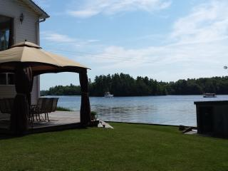 1000 Islands Cozy Cottage - Thousand Islands vacation rentals