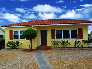 Gorgeous house in the heart of St. Pete Beach! - Saint Pete Beach vacation rentals