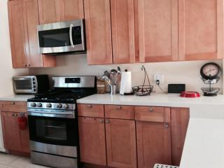 2 bedroom house in longbeach - Long Beach vacation rentals