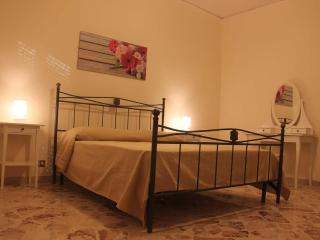 Solunto Domus Apartments For Family Near Palermo - Santa Flavia vacation rentals