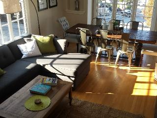 Spacious 2BR Apartment with Washer/Dryer - Sausalito vacation rentals