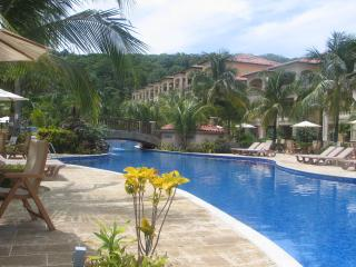 Very Private Luxury Studio at Infinity Bay to Rent by Owner - West Bay vacation rentals