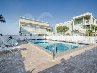 Spacious 2/2.5 Luxury Townhome - Direct Sound Access! - Pensacola Beach vacation rentals