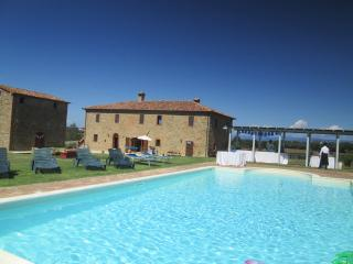 VILLA ANTICO TABACCAIO SPECIAL 2015!! INQUIRY SOON!! From 8 to 16!!! - Panicale vacation rentals