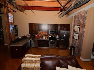 Downtown Loft: Close to Everything to See and Do - Nashville vacation rentals