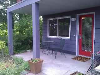 Private, Comfortable, Hillsdale Apartment - Portland vacation rentals