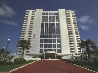 Spend The Winter on the Beach! - Daytona Beach Shores vacation rentals
