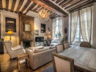 Ile Saint-Louis Escape, France - Ile-de-France (Paris Region) vacation rentals